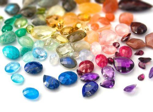 A História das Birthstones – Pedras Preciosas
